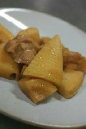 タケノコと鶏肉の煮物